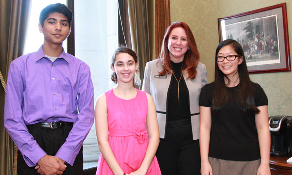 Wyman honors World War II writing contest winners