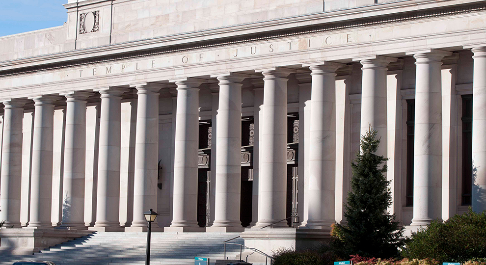 Picture of exterior of Temple of Justice in Washington State