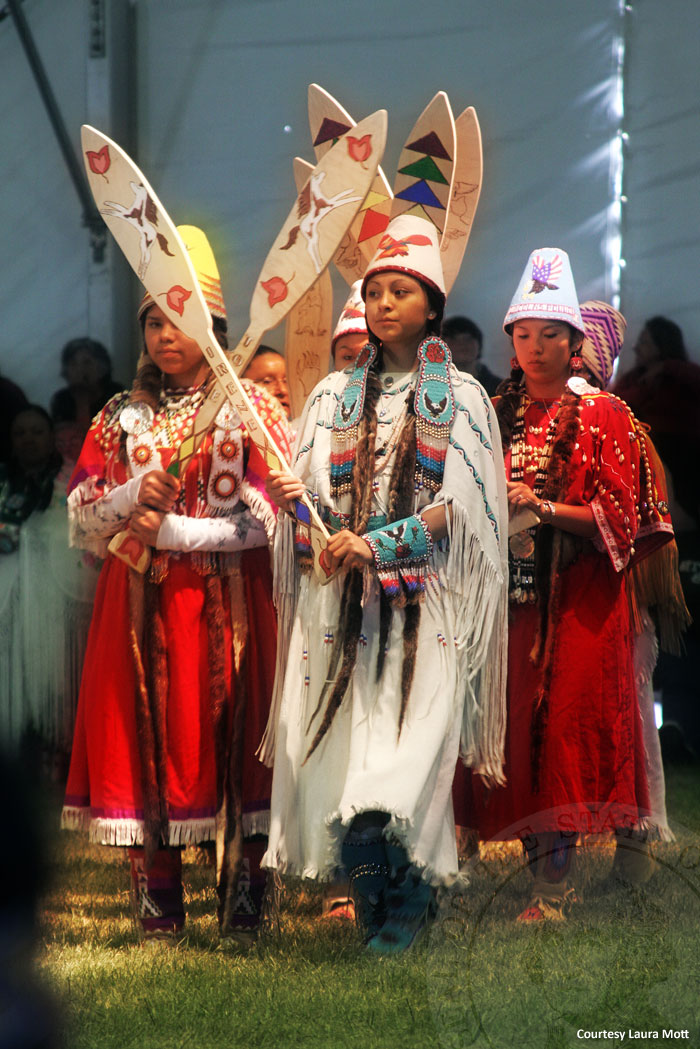 an examination of the makah native indian tribe Free indian tribe papers,  native american indian tribe] 1780 words  examination of the indian child welfare act (icwa).